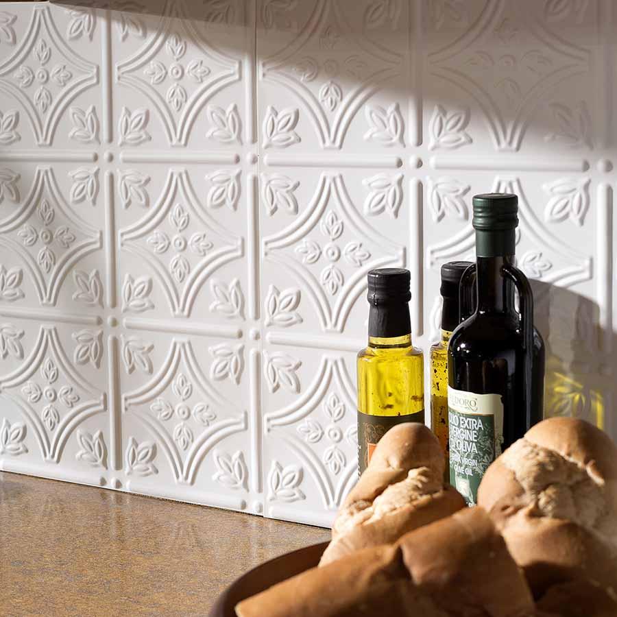 Fasade's Traditional 1 backsplash in Matte White