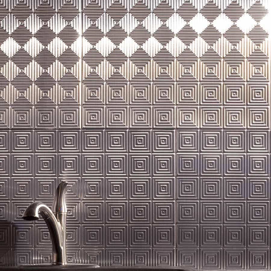 Fasade's Miniquatro in Brushed Aluminum